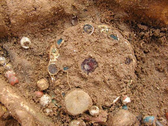 Beispiel für einen archäologischen Fund im Vorzustand.