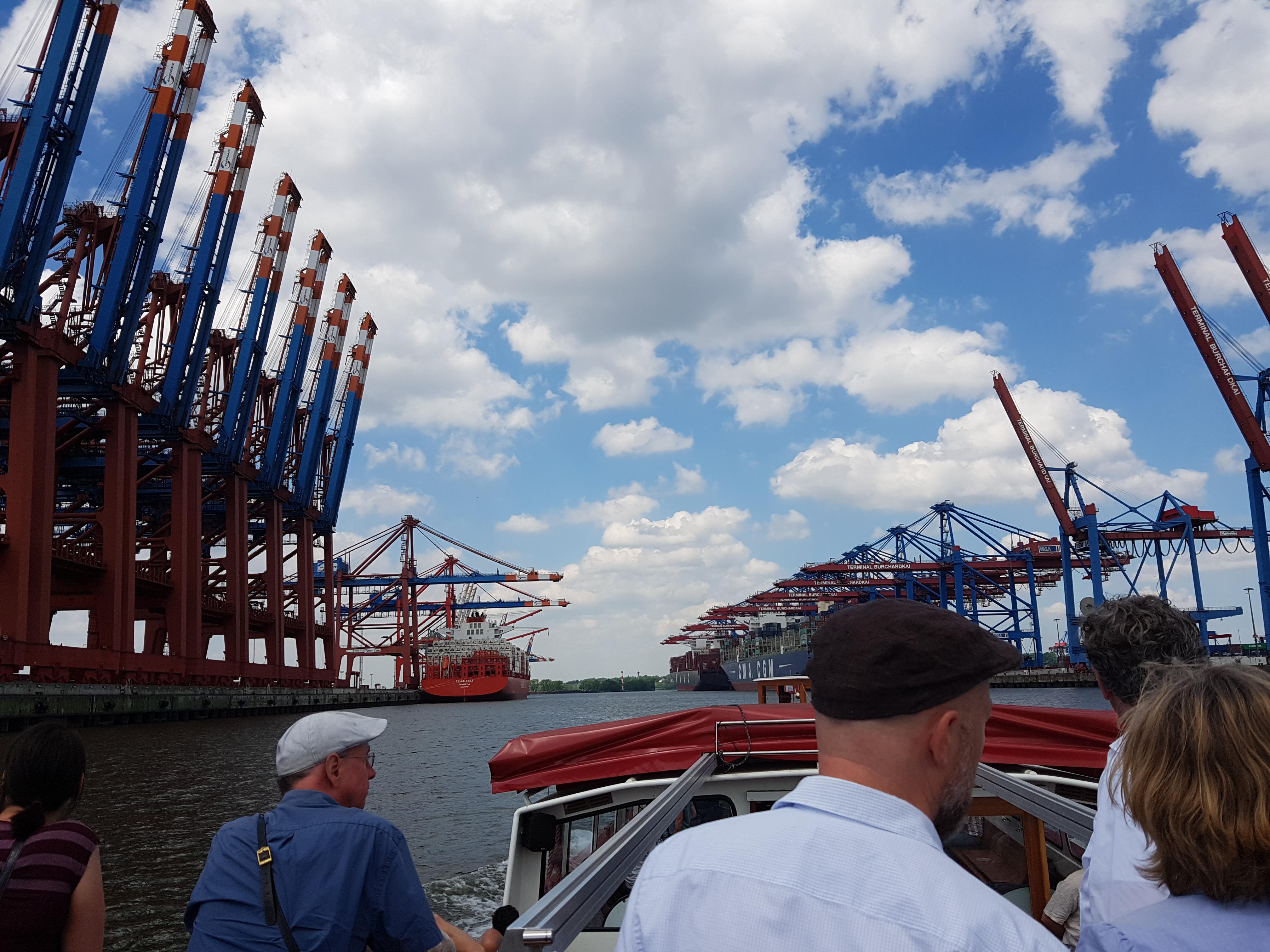 Fahrt durch den Hamburger Hafen, Burchardkai (Foto: Beatrix Alscher)