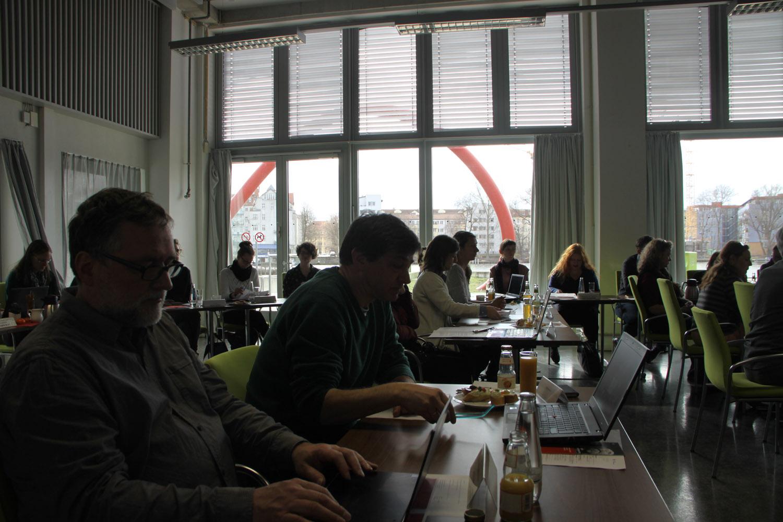 Der 38-köpfige Vorstand des VDR kam in Berlin zusammen. Blick in den Sitzungssaal der HTW. Foto: Tatjana Held.
