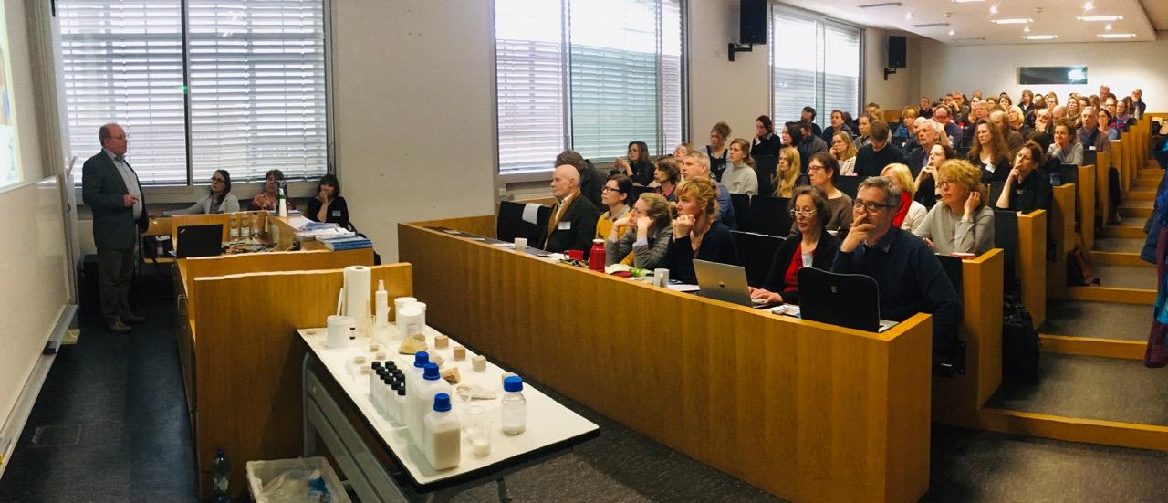 Ausgebucht war die Tagung an der HTW Berlin zum Thema Nanokalk (Foto: Wanja Wedekind)