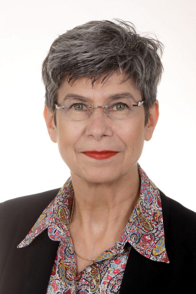 Helene Tello