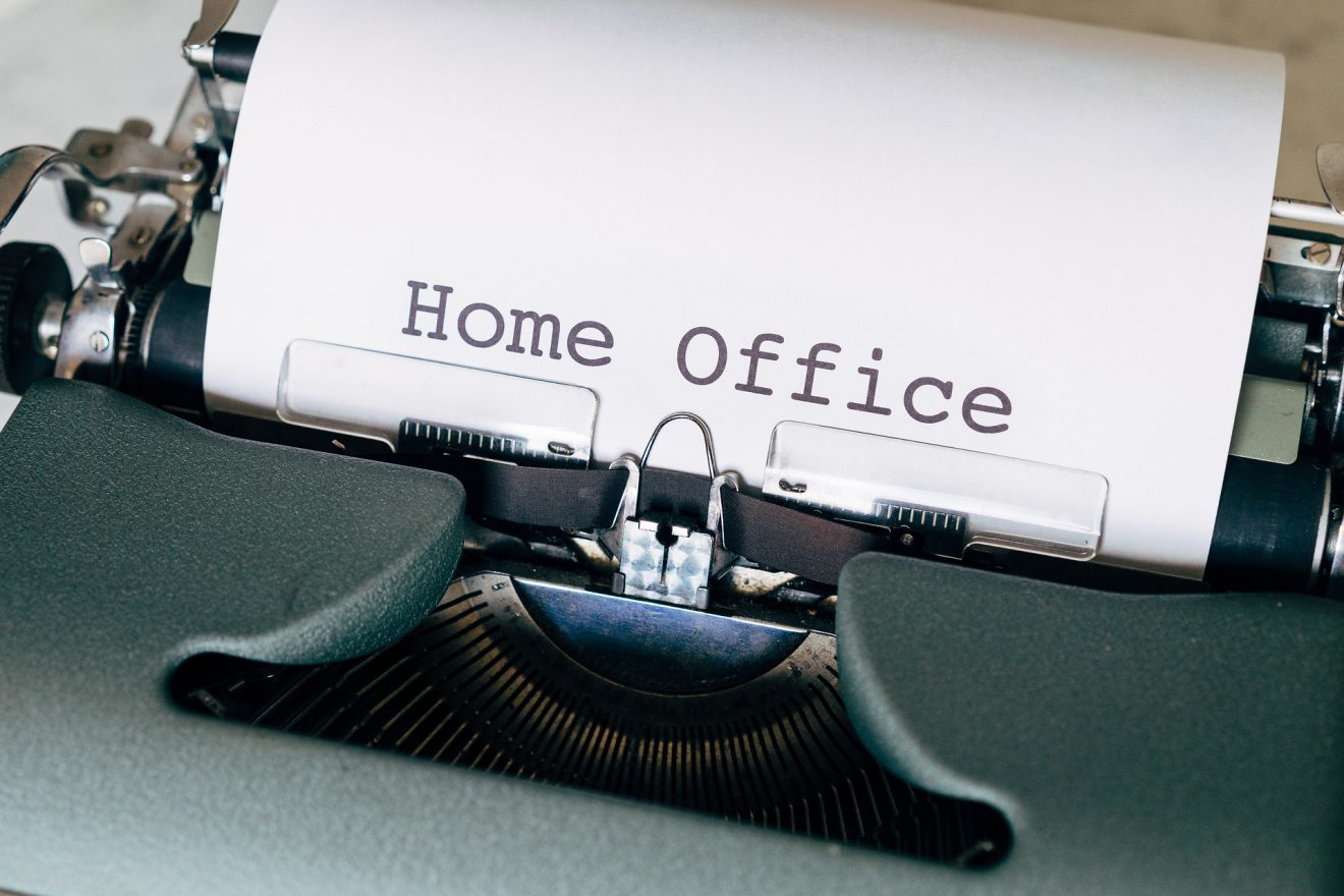 home-office-5243231_1920