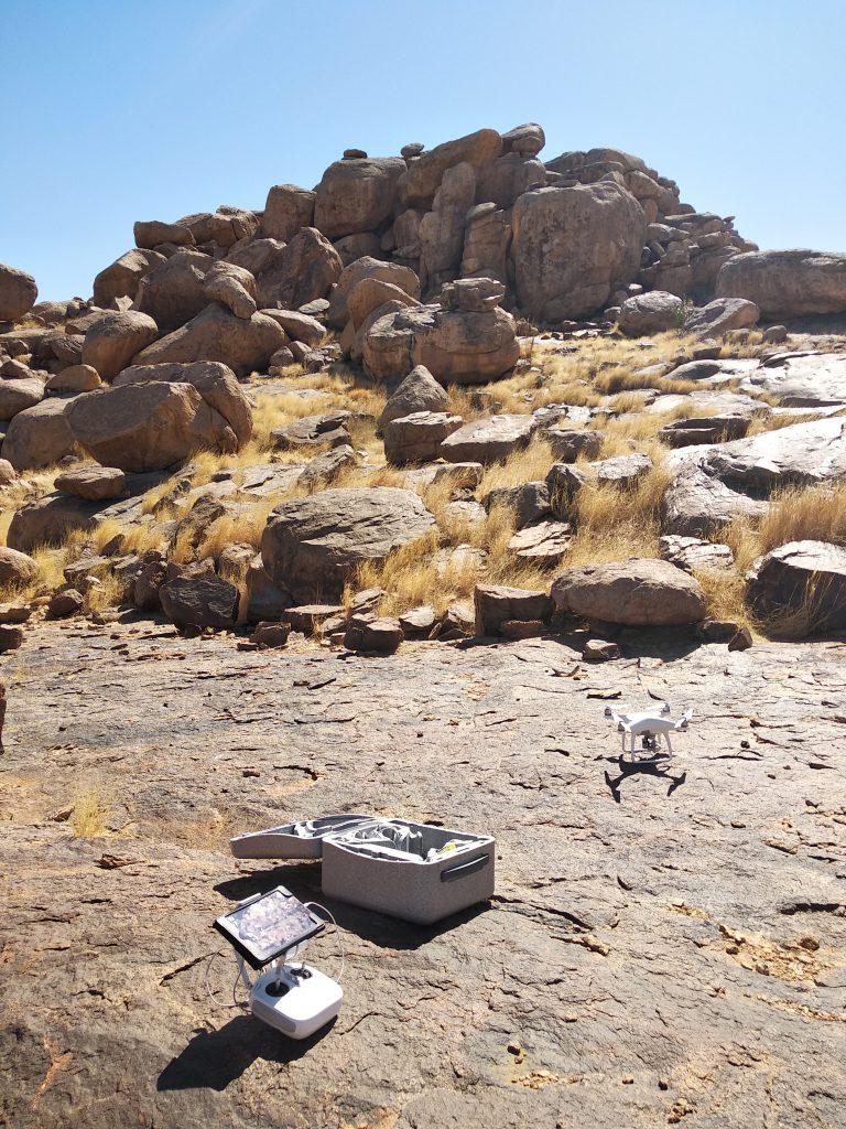Vorbereitung für den Drohneneinsatz (Foto: Alexander Gatzsche)